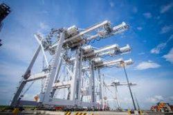 Máy móc ở cảng và cảng hàng hóa